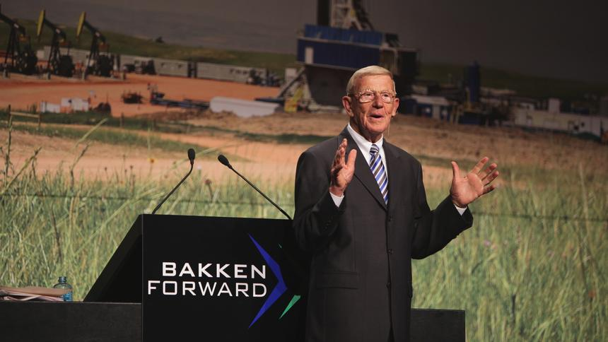 Holtz motivates energy conference in leadup toTrump